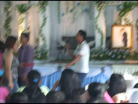 Penyanyi dusun dari kg.pinampadan ranau