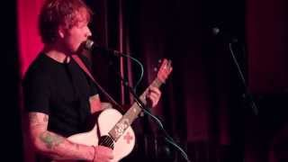 Ed Sheeran - Lego House (Live at the Ruby Sessions)