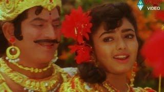Number One Songs - Kolo Koloyamma - Krishna Soundarya