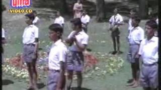 Boond Jo Ban Gayi Moti (1967)-Yeh Kaun Chitrakaar Hai!