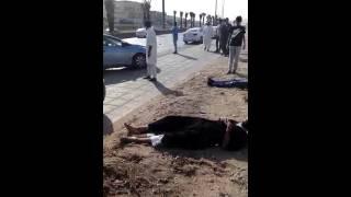 حادث شنيع جداً اليوم العصر مخرج 28 حي السويدي مدينة الرياض السرعه وماتسوي لا حول ولا قوة الا بالله