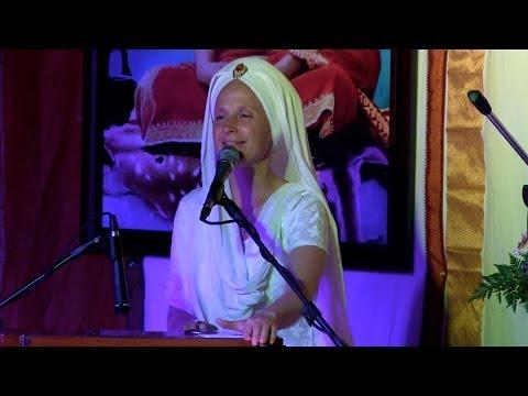 Snatam Kaur: Performance Long Time Sun