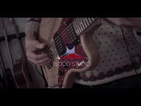 Elephantine - Submissive (Live at Flood Studio)