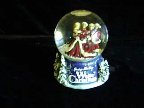 BING CROSBY~WHITE CHRISTMAS~MUSICAL SNOW GLOBE~PARAMOUNT PICTURES MUSICAL~DECORATION~2000