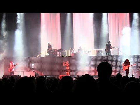 """Paramore @ Monumentour *EPIC* """"Let the Flames Begin & Part II"""" Live in Hartford, CT 6-19-2014"""