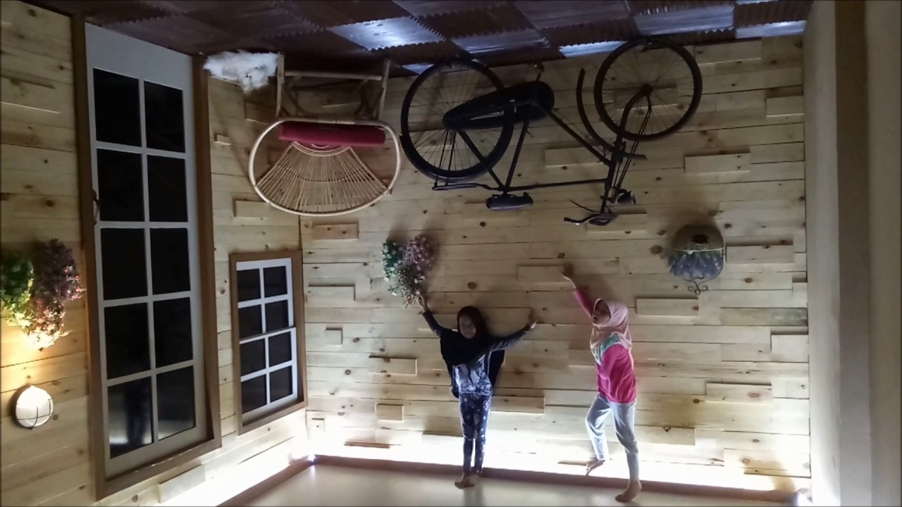 Video Upside Down World Bandung Bagaimana Cara Ingin Paket Wisata Kesana