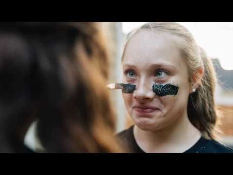 Enduring Grace - Members of U.S. Olympic team honor 14 year old