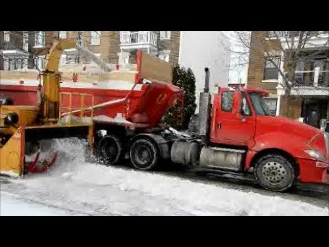 SNOW REMOVAL IN MONTREAL VERDUN BOROUGH / 02 09 18