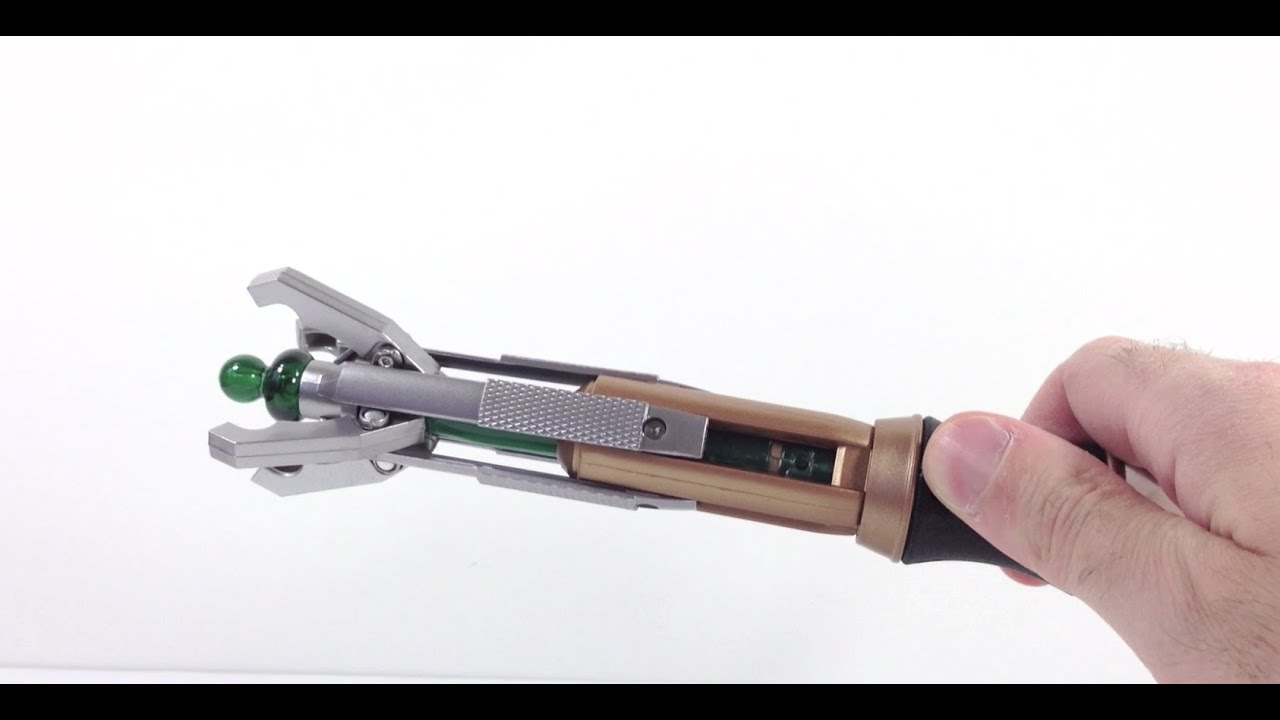 Review of Doctor Who 11th Doctor's SONIC SCREWDRIVER - YouTube