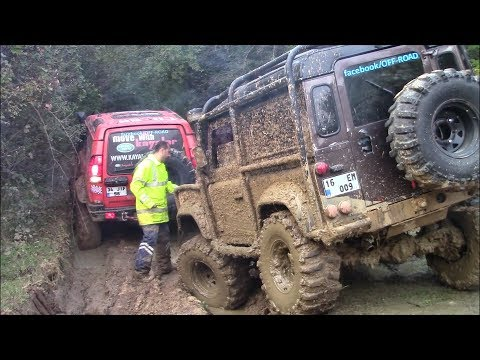 LAND ROVER DEFENDER TDI vs LAND ROVER DISCOVERY TD5   **OFF-ROAD CHALLENGE**