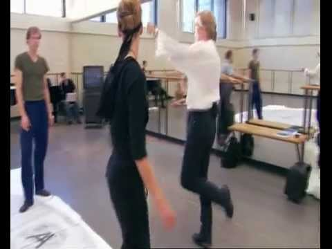 Barbie in The 12 Dancing Princesses (dancing on air the making of) rus