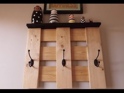 Diy porte manteau mural en bois youtube for Porte manteau mural bois flotte