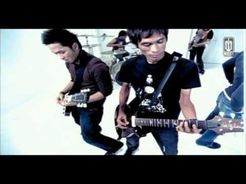PeterpanLANGIT TAK MENDENGAR Official Video