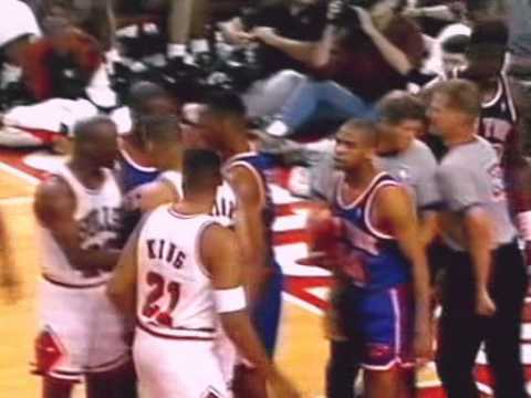 Chicago Bulls - New York Knicks | 1993 Playoffs | ECF Game 3: Signs of Life