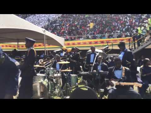 Zimbabwe Police Band Yofadza Vazhinji Kumhemberero Yekuzvitonga Yaitwa KuNational Sports Stadium