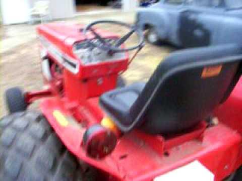 184 International Harvester Lawn Tractor