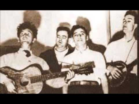 The Almanac Singers (Woody Guthrie) - Hard Ain't It Hard