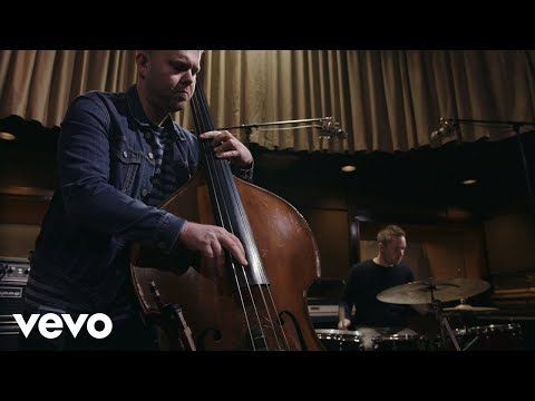 GoGo Penguin - A Hundred Moons (live at Low Four Studio)