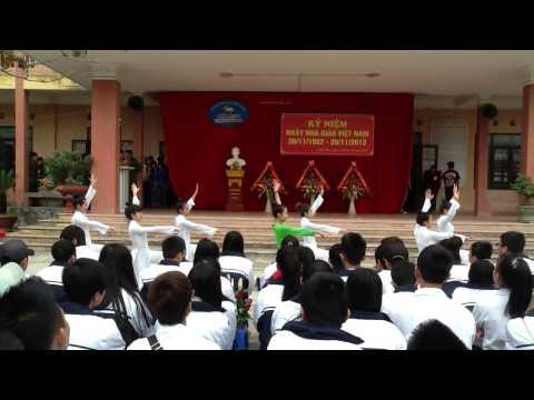 Đất Nước Tôi-Top múa xung kích