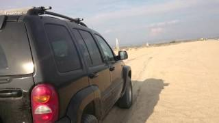 Jeep cherokee kj low range soft sand 240915
