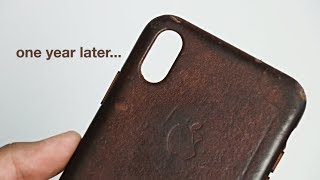 Gambar cover Apple iPhone Leather Case 1 Year Later...