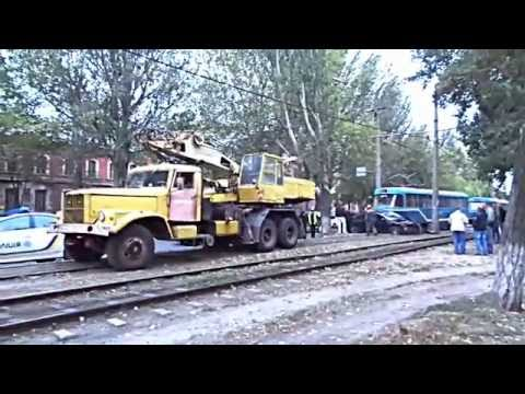 Traffic jam in Odessa: car vs tram