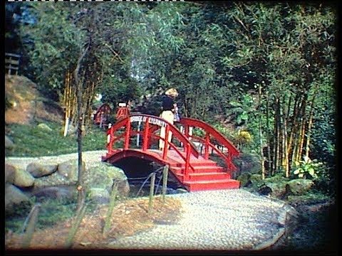 Georgeous gardens of SINGAPORE in 1979 (2)