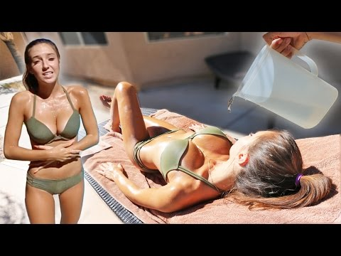Thumbnail: ICE WATER PRANK ON TANNING GIRLFRIEND!