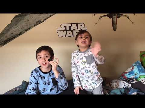 the last Jedi sucks: 9 year old and 6 year old review