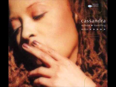 cassandra-wilson-sky-and-sea-blue-in-green-jean-michel-rousseau