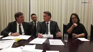 Live: Bolsonaro fala sobre vetos a filmes na Ancine e caixa-preta do BNDES