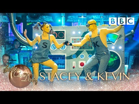 Stacey Dooley & Kevin Clifton Jive to 'Happy' - BBC Strictly 2018