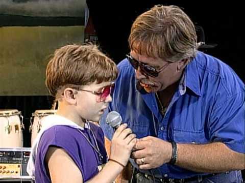 John Conlee - Rose Colored Glasses (Live at Farm Aid 1995)
