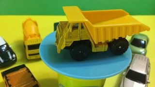 02194 Maisto die cast yellow Dump Truck 1:64 (00027)