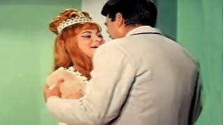 Pyar Ki Yeh Batein Humko Na Samjao - Waheeda Rehman, Asha Bhosle, Baazi Song