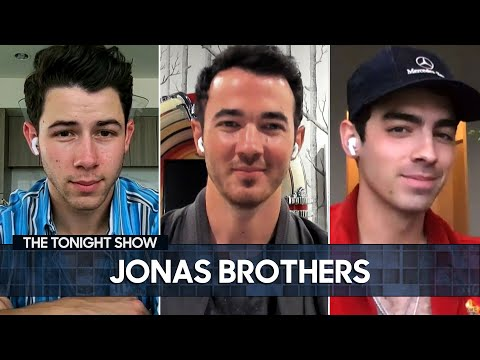 The-Jonas-Brothers-Challenge-the-Hemsworth-Brothers-to-a-UFC-Match-The-Tonight-Show