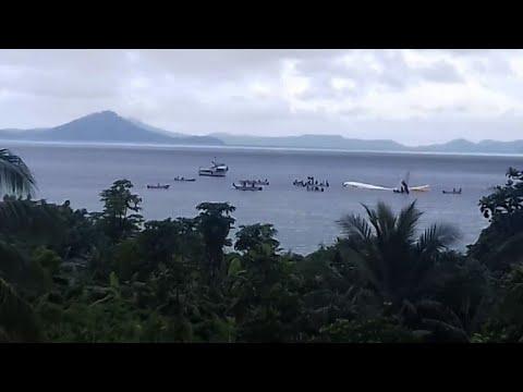 Papua New Guinea plane ditches into Micronesia lagoon
