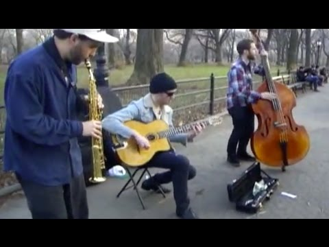 Soprano Saxophone, Guitar & Double Bass Trio Jazz Performance: Swing 42