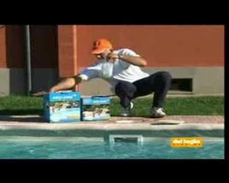 Easy pool prodotto manutenzione piscina youtube - Del taglia piscine opinioni ...