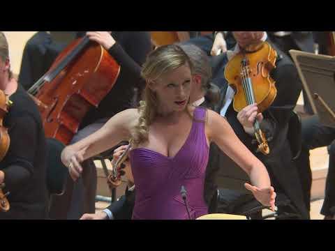 Sabine Devieilhe records Ravel L'enfant et les sortilèges - Air de feu