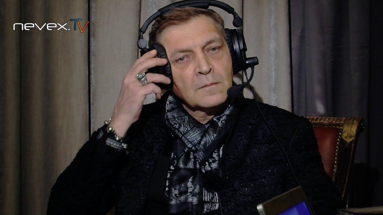 Геймерский компьютерный стол Dr.RACER PRO SPORT (www.akm-mebel.ru .