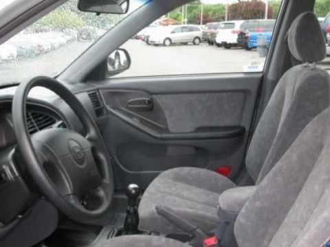 2002 hyundai elantra 4dr sdn gls manual youtube rh youtube com 2002 hyundai elantra manual transmission fluid 2004 hyundai elantra manual download