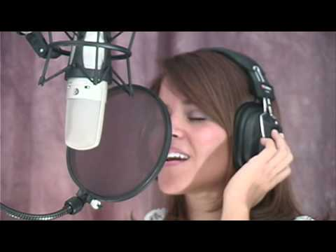 Gail Jijón; Singing More than Words (Frankie J Cover)
