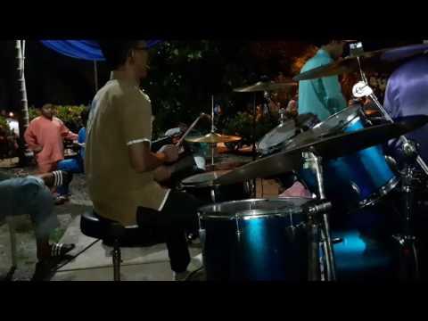 Senandung Hari Raya Untukmu cover drum by Oyel Lagendasari 013-2696977