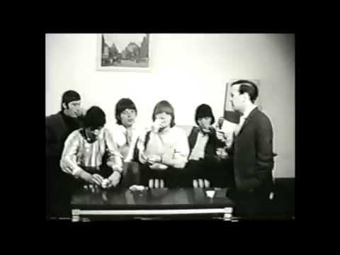 The rolling stones 1965 intro BRIAN JONES & the BEATLES
