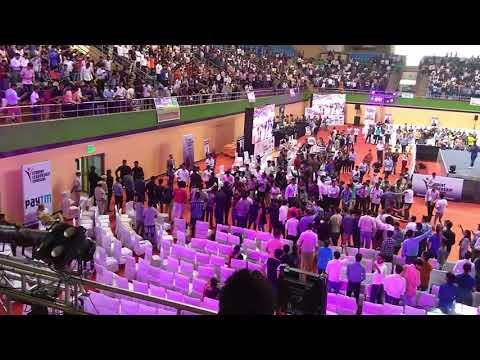 Vivek bindra first free Student leadership Conclave seminar at Indira ghandhi stadium new delhi