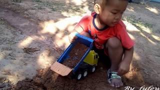 เล่นรถแม็คโครตักดิน  รถบรรทุก รถดั้มดิน  รถของเล่น  Cars Toy for  Kids