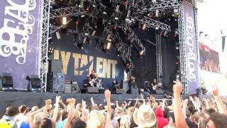 Peace and Love 2010: Billy Talent - Red Flag [HD]
