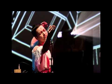 Label Suisse 2012: Kaltehand / Natasha Waters (intégrale audio)