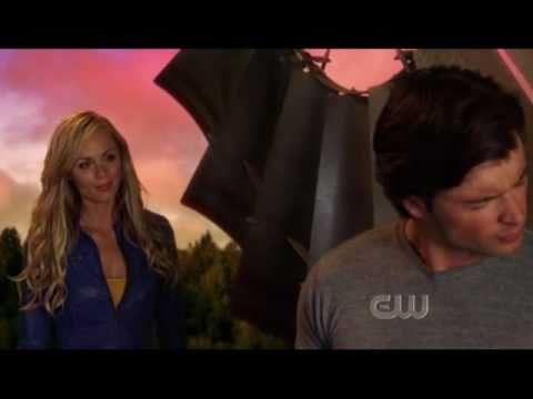 Smallville Season 10: Kara tries to teach Clark to fly [Supergirl]